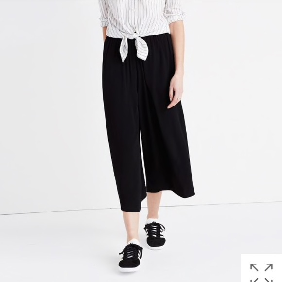 2b4350627d Madewell Pants - Madewell Huston pull on crop pants